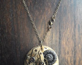 Movement with metal button steampunk Gothic WGT