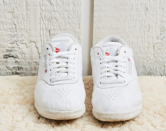 1980s Reebok Classics White Low Top Leather Fitness Shoe • 8 W