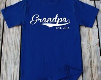New Grandpa T-Shirt Est 2015  For Grandpa Est New Grandpa  Father's Day New Baby Announcement shirt Baby Shower Gift New Grandpa Gift