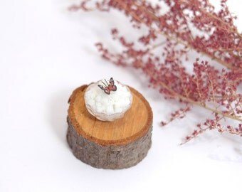 Bowl of Sugar Cubes with Butterfly - dollshouse miniature food