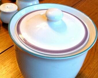 Vintage Pfaltzgraff Juniper pattern cookie Jar