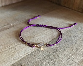 Fatma hand bracelet with purple string