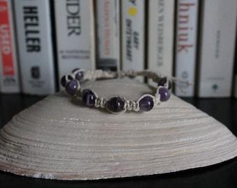 Amethyst/white hemp hand-knotted bracelet