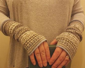 Fair isle gauntlet wristlet gloves. Scottish lambswool. Linen, brown. fingerless gloves mittens. wrist warmers, arm warmers, hand warmers.