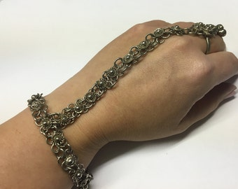 Vintage Silver Tone Slave Jewelry, Flower Floral Design with Ring connected to Chain Link Bracelet