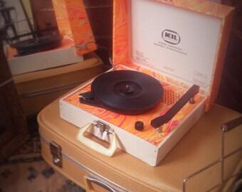 Vintage Keil Portable Record Player (w/ original Tesla speaker)