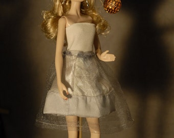 Doll's dress for the New Year