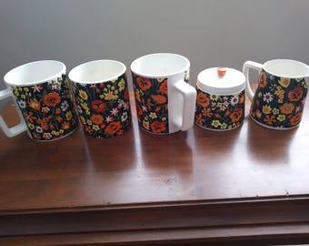 Coffee Mugs & Sugar Bowl Set / 1960's Ceramic Kitchenware / Psychedelic Kitchen Collectible