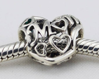 LOVE YOU MOMHEARTS Charm / Openworks Design / New / Stamped s925 / Sterling Silver