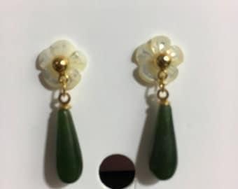 Vintage earrings jade and mother of pearl earrings dangle earrings drop earrings jade drop earrings flower earrings vintage jewelry jade
