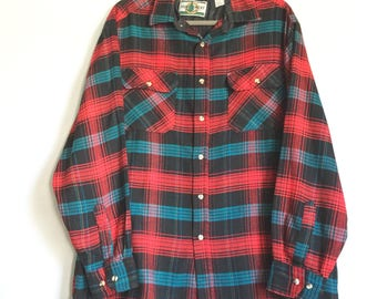Northwest Territory Men's Red and Blue Plaid Button-Up Top - Plaid Shirts - Men's Clothing - Plaid Shirts - Size Large