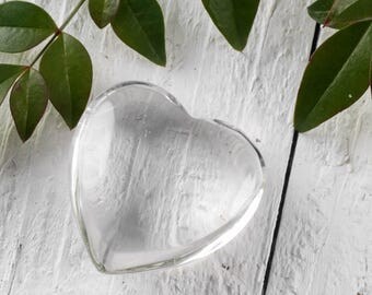 One Small CLEAR QUARTZ Crystal Heart Shaped Stone - Heart Stone, Heart Rock, Clear Quartz Jewelry, Polished Stone, Heart Chakra Stone E0243