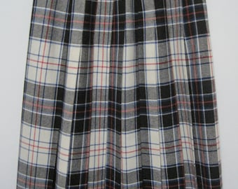 Evan-Picone Wool Pleated Skirt, Plaid, Black & White, Size 5/6, Vintage