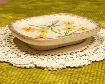 Vintage Trinket / Soap Dish Black-Eyed Susan Flower Speckled Ceramic 1970s Retro Home Decor