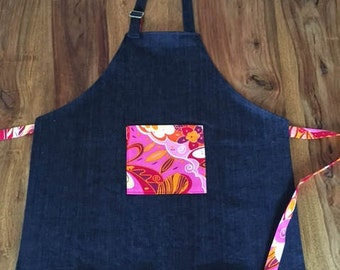 Girl's apron, apron for kids, apron for child, child apron in navy stretch denim, art smock, little chef apron, kitchen apron, girl apron
