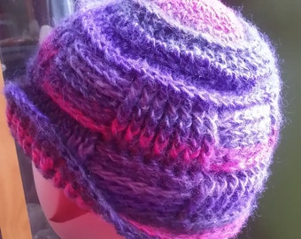 Purple and pink textured beanie hat in wool and acrylic