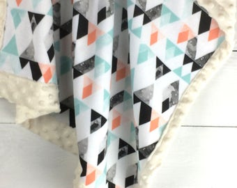 READY to SHIP Mountains Minky blanket, black mint coral triangles blanket, baby blanket, tribal southwest blanket, baby shower gift