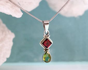 Birthday necklace for her, Anniversary jewelry wife, Peridot Garnet Mothers Necklace, January birthstone August Birthstone delicate necklace