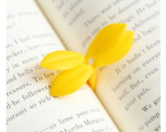 SALE 2 pcs/pack Small Leaves Bookmark, School, Office Supply, Escolar Papelaria, Gift, Stationery