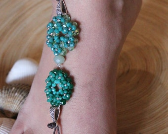 Bare sandals with pearls and Crystal flowers Green