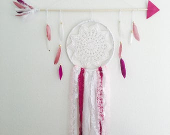 Fuchsia Single Doily Wall Piece