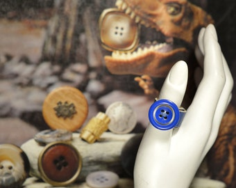 Leather button ring, Upcycling, blue