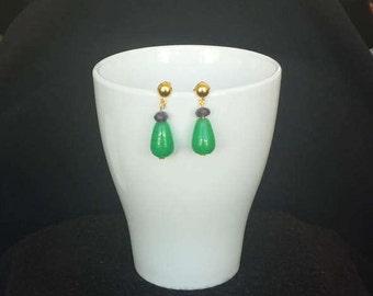 Green jade and Amethyst earrings
