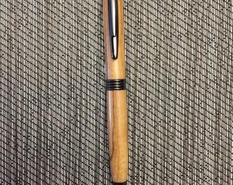 Maple wood pen