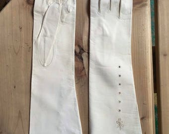 Women's 60s Long Cream White Washable Leather Day And Evening Gloves Size 6.5 X Small