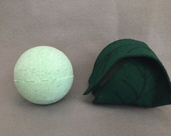 Mallorn Bath Bomb with  Necklace or Keychain Lord of the Rings