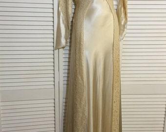 Vintage/Antique Wedding Dress
