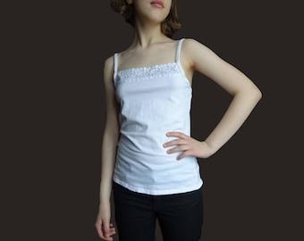 Vintage white camisole top, white sleeping top, lace sleeveless top, spaghetti strap top, white spaghetti strap, cotton lace top S M size