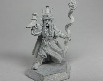 Dungeons and Dragons Miniatures - DND - Limited Edition Wizard - Unpainted - Vintage - Role Playing - RPG - Miniature - Dungeon and Dragon