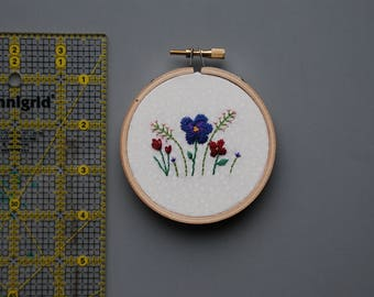 Floral Hand embroidery Hoop Art, Small whimsical flowers, gift for her, gifts under 25