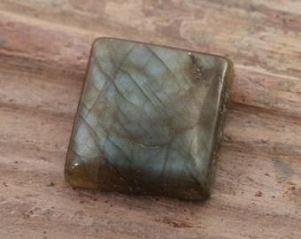 Natural Labradorite Cabochon square shape 18x18x7mm - Blue flash