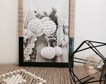 Painted wooden frame and rope hemp with photo black and white, all of ethnic inspiration