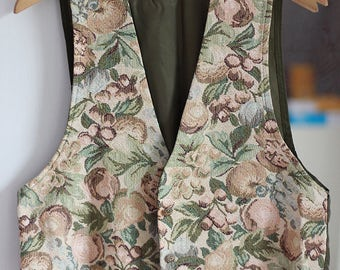 Floral Vintage Vest Elegant Flower Pattern Retro Top Sleeveless Chic Women Clothing Girly Look Summer Olive and Beige / Medium size