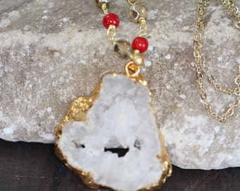 Druzy white necklace , Gold Filled Druzy , Raw Druzy Necklace , Boho Jewelry , Gift for Her , Quartz necklace , Statement Gold Necklace