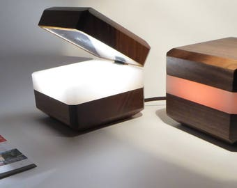 Table lamp, bedside lamp, reading lamp