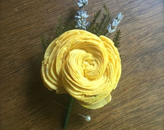 CUSTOM Sola Wood Twisted Flower Boutonniere