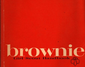 Brownie Girl Scout Handbook - 1975 - Vintage Kids Book