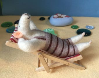 Needle Felted Sunbathing Albert Mouse Fibre Sculpture. Deck Chair. Art Doll OOAK Made By The Felt Fairy