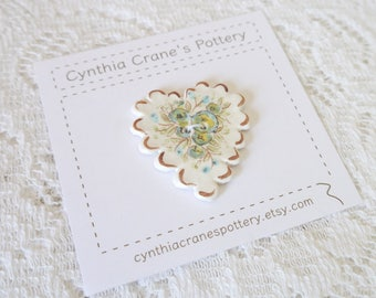 Ceramic Heart Button with Scalloped Edge Detail, Blue Green and Brown Painted Flowers, Blue Calico