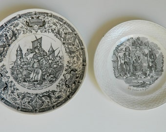 2 decoratives plates black and white - French talking plate -Joanne of arc -Young lady and peaches - Liberation of Orleans