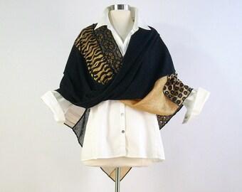 Mobius Shawl/Mobius Scarf/Boho Wrap/Knit Poncho/Black and Gold /Brenda Abdullah