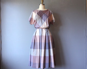 vintage 80s dress / plaid pleated secretary dress / boatneck dress