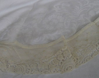 VINTAGE Cream White Netted Lace Applique Clothing Collar Trim  37