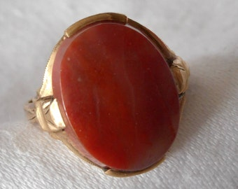 VINTAGE Jasper Stone in Gold COSTUME JEWELRY Ring