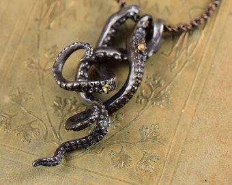 Treasures of the Deep - Tentacle necklace in Bronze or Silver