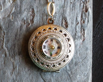 Working compass locket necklace, antique brass round locket, holiday gift ideas, unique Christmas gift, gifts for geeks